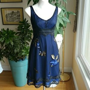 Adrianna Papell embroidered dress size 4